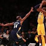 Kobe Bryant leaves win over Pelicans with sore right Achilles