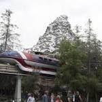 After San Bernardino shootings, Disneyland and Universal Studios step up security
