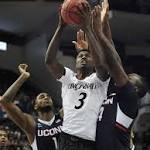 Boatright's buzzer-beater leads UConn over Cincinnati 57-54