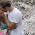 'Bachelor In Paradise' Recap: Jesse's Goodbye - Or, Love Amongst The Bat Guano
