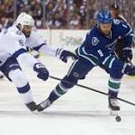 Lightning escapes with a 4-2 win over Canucks