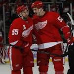 Red Wings top Penguins in OT after furious finish