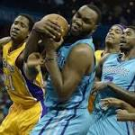 Lakers' 104-103 loss to Charlotte features another sluggish third quarter