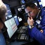 US Stocks Weaken as Investors Hold Back