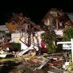 At least two killed in tornadoes near Tampa, Florida