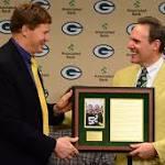 Packers release linebacker Hawk after nine seasons
