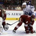 Maple Leafs Beat Coyotes 4-2 to Extend Win Streak