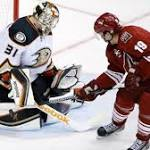Ducks' Anderson becomes fastest goalie to 50 wins in 71 years in win over ...