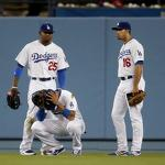 Gonzalez hits go-ahead 2-run double in 7th, Crawford homers in Dodgers' 7-5 ...