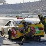 Another painful championship loss in finale for Carl Edwards