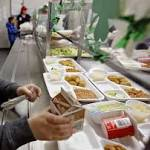 Kids not scared away by healthier school lunches