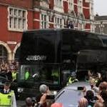 Man United team bus attacked before game, 2 people injured