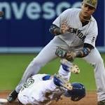 Nova struggles with sinker, Yankees lose 4-2 to Blue Jays