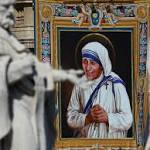 Mother Teresa now officially 'Saint Teresa' as Pope Francis canonizes her