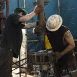 Steepest drop in US oil rigs shows OPEC output prevailing