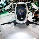 The latest in gadgets: Spotting stars _ some faded _ at CES