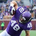 Zach Line remains with Vikings