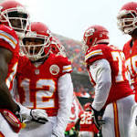 After rough start, Chiefs come alive to beat the Bills