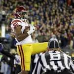 USC flashes its form of old, takes down No. 4 Washington, 26-13