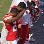 Chiefs' Peters raises fist, 4 Dolphins kneel during national anthem