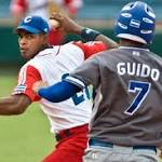 Hector Olivera signs with Dodgers