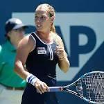 Dominika Cibulkova reaches Bank of the West quarterfinals