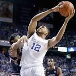 Kentucky still unanimous top choice in men's basketball poll