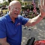 Kansas GOP Sen. Roberts survives Tea Party-backed primary challenge, adds ...