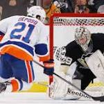 NHL game roundup: Isles edge Pens in shootout