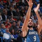 Wolves' Rubio finally healthy, hitting shots