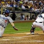 Gomez, Lucroy help Brewers beat Dodgers, Greinke