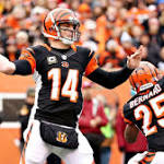 Bengals QB Andy Dalton leaves game with thumb injury