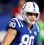 Saints sign Coby Fleener to 5-year deal worth reported $36 million
