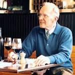 Williams-Sonoma founder dies at 100