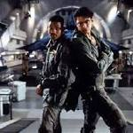 Jeff Goldblum and Liam Hemsworth Will Fight Aliens In Independence Day 2