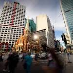 RBA Keeps Record-Low Rate to Boost GDP as Commodities Tumble