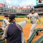 Mariners offense delivers in win over Texas