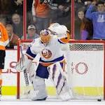 Isles snap Flyers' 4-game win streak