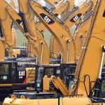 Caterpillar lowers 2013 outlook