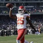 Jamaal Charles explodes in Chiefs' romp of Raiders