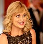 'Parks and Recreation' season premiere review: Toward a better, funnier future ...