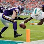Dolphins' newcomer Stills says he won't to replace Wallace