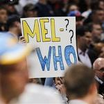 Carmelo Anthony limps out of Denver amid boos, taunts from Nuggets fans