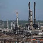 Bets on Oil Falling Below $35 Slide 80 Percent as Drop Eases