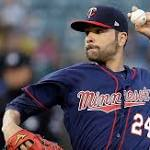 Twins deal starting pitcher Jaime Garcia to Yankees for prospects