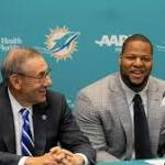 Steve Ross doesn't mind Dolphins' youth movement, but is concerned about depth