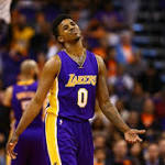 Lakers Lack Poise In the 3rd, Nick Young Dominates in the 4th