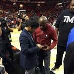 Floyd Mayweather vs Manny Pacquiao 2 Will Happen If Fans Pressure 'Money' To Agree, Says Showtime Exec
