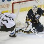 Pickard, Tanguay lead Avs past Sabres