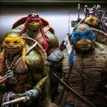 'Turtles' tops box office again